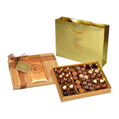 Caja bombones surtidos 'Satin Gold' 500g