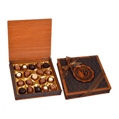 Caja bombones surtidos 'Madera & Cuero Bronce' 230g
