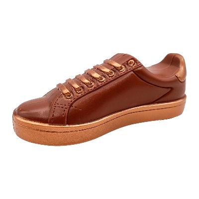 Zapatilla 'sneaker' de chocolate con leche 165g